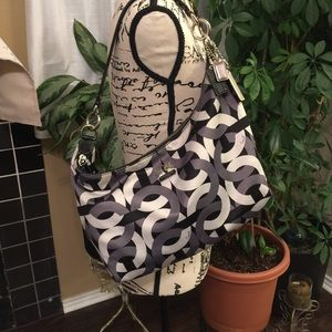 EUC Authentic Coach Maggie sateen hobo bag